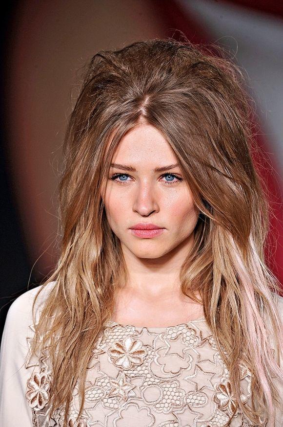 Лохматые волосы у женщин