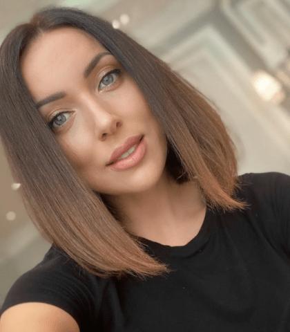 Алсу перекрасила волосы врыжий цвет