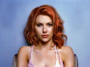 фото Скарлетт Йоханссон с рыжими волосами