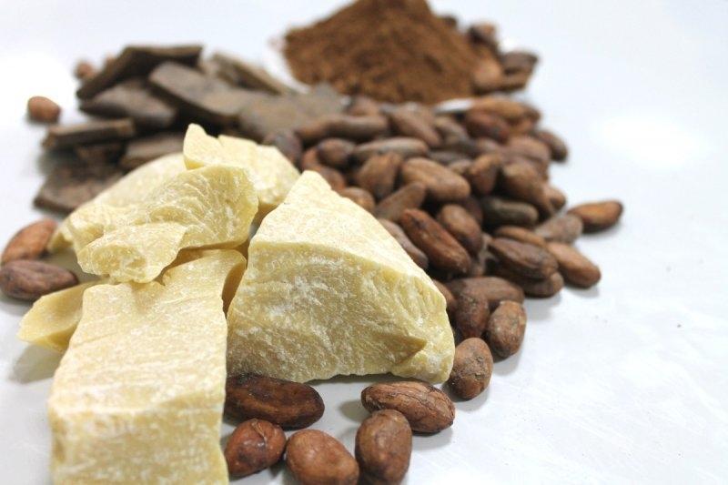 Избавьтесь от вьющихся волос с маслом какао