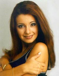 Ольга Орлова с рыжими волосами фото