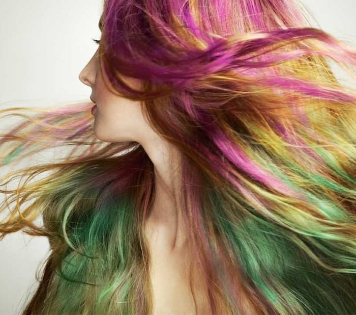 Полуперманентное окрашивание волос