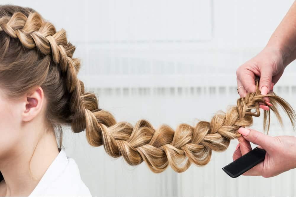 В косе волосы быстрей растут