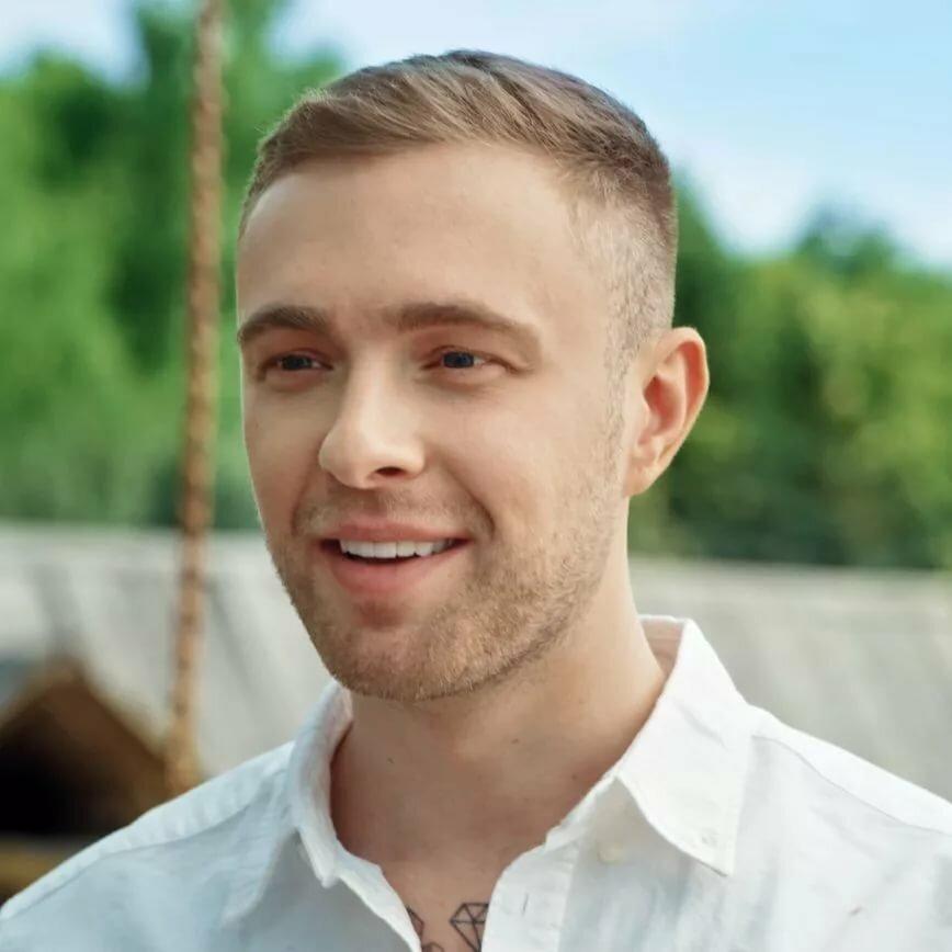 Волосы Егора Крида и прическа