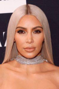 Ким Кардашьян цвета волос