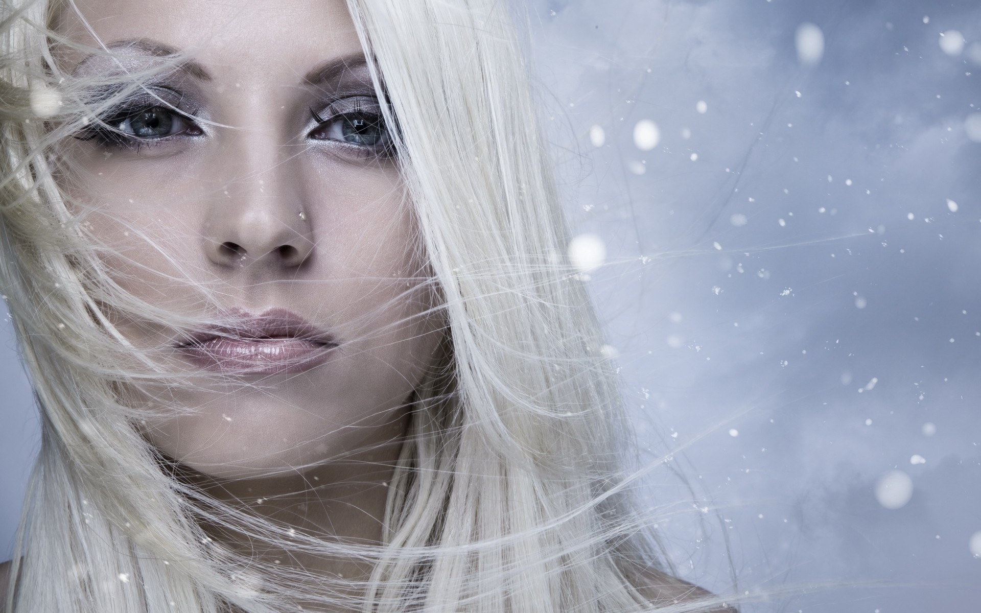 Почему на морозе волосы пушатся