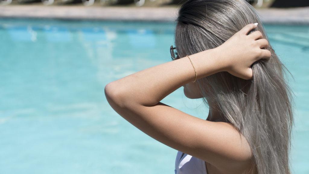 Разъедает ли хлор волосы