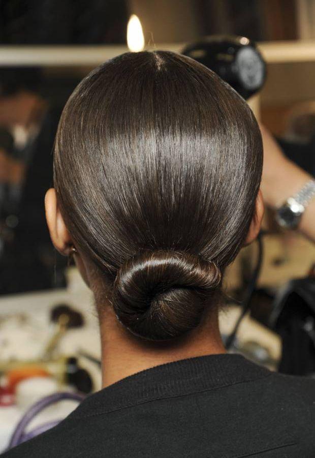 Сделать гулю для прямых волос