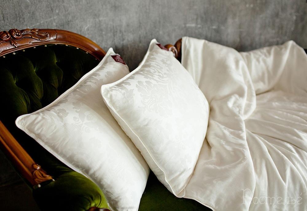 Шелковая подушка для волос фото