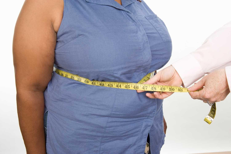 у женщины есть избыточный вес