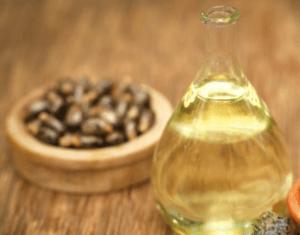 касторовое масло помогает росту волос
