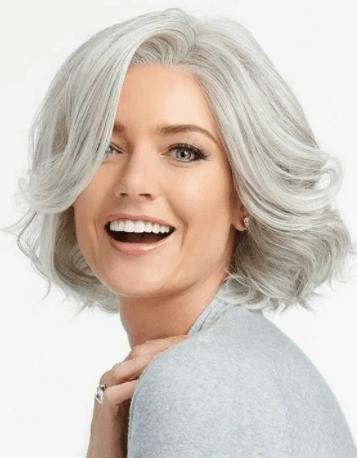 Прически для женщин с седыми волосами