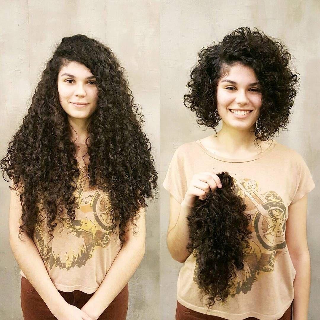 Стричь вьющиеся волосы сухие или мокрые