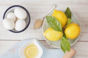 яйцо и лимонный сок