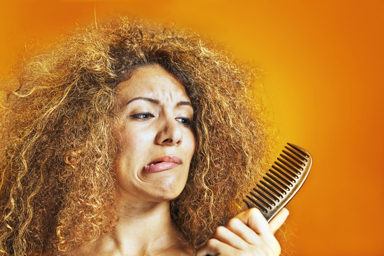 Кудрявые волосы выпадают