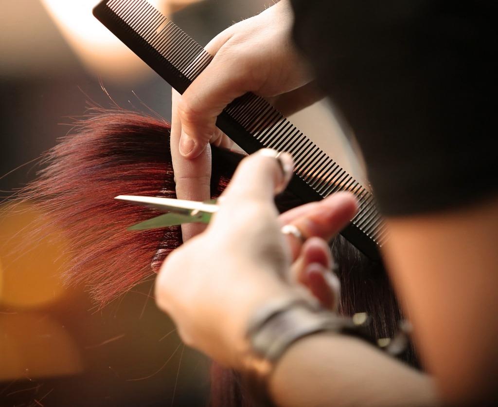 Можно ли стричь волосы перед Пасхой