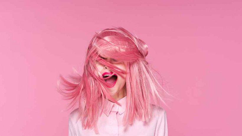 Розовые волосы 2021