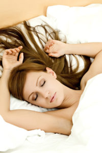 волосы после сна на подушке