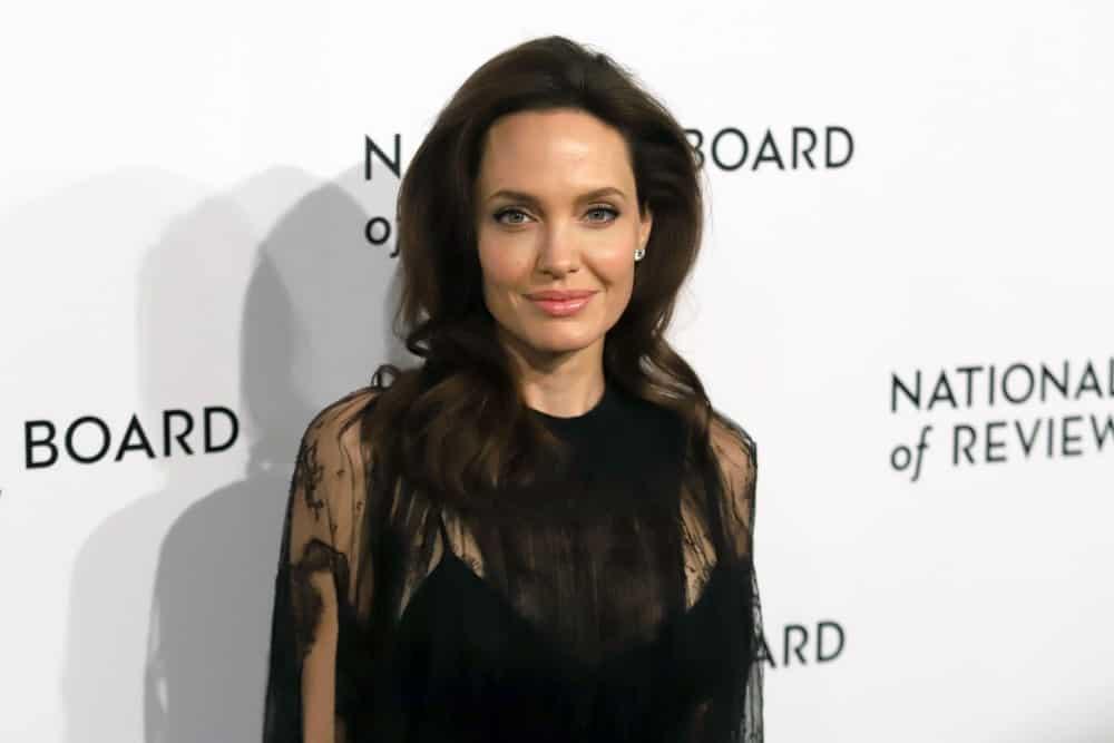 Анджелина Джоли присутствовала на церемонии вручения наград Национального совета по обзору в Cipriani