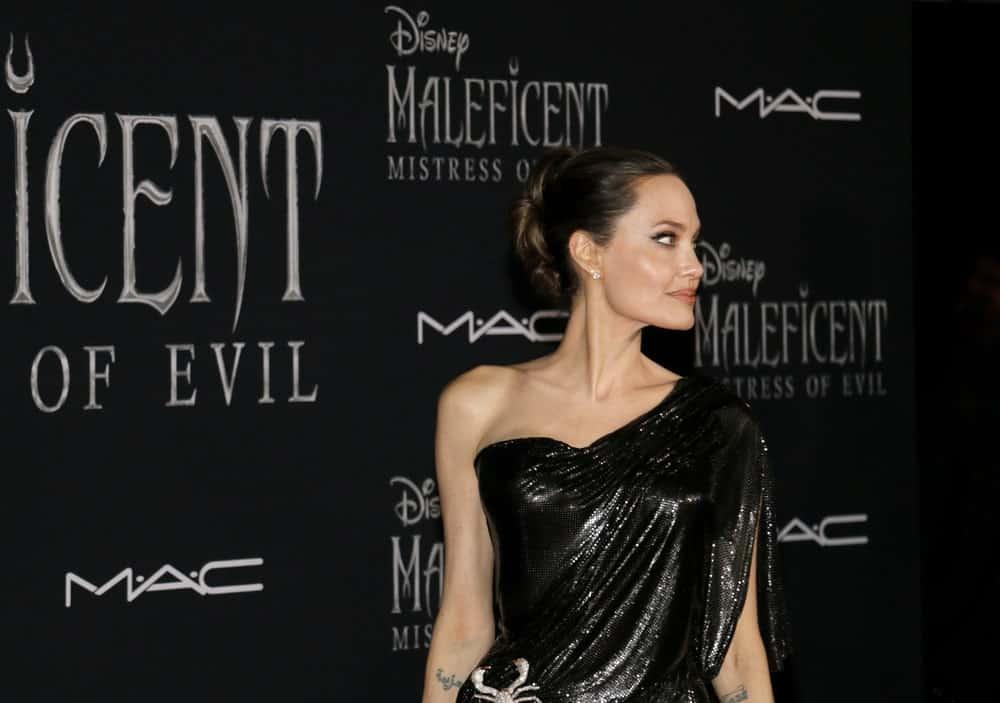 Анджелина Джоли волосы и прически