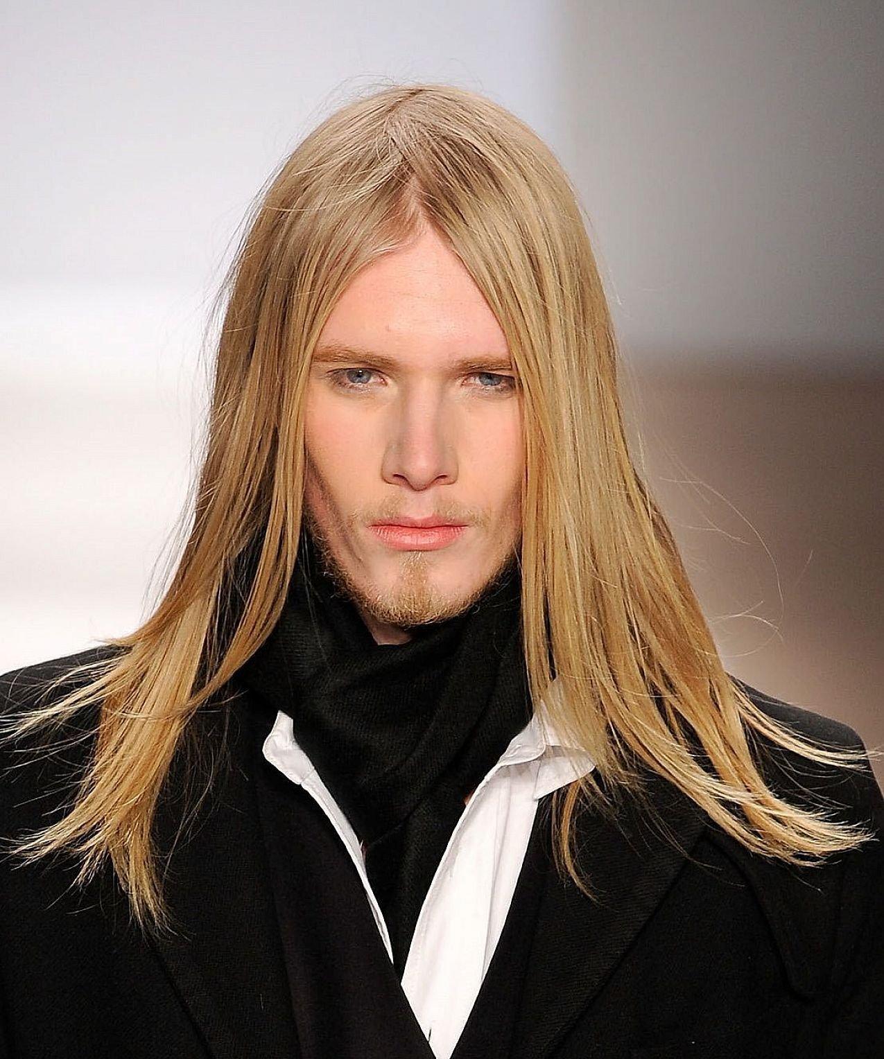 Длинные волосы у мужчин кому идут