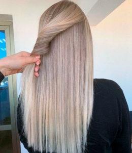 Восстанавливает волокна волос