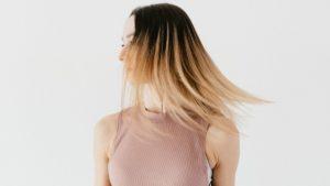 Крахмал оказываетна волосыразглаживающий эффект