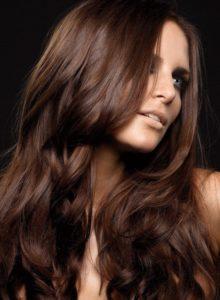 Насыщенный каштановый цвет волос