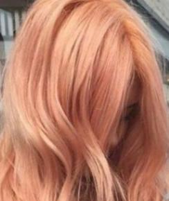 Розово-оранжевый цвет волос