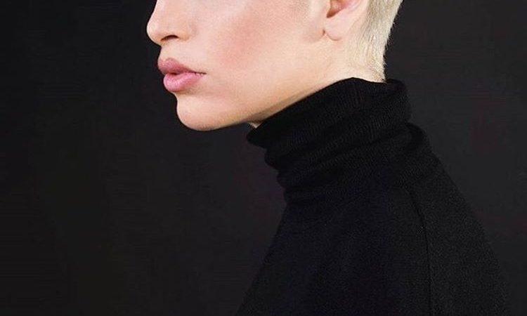 Стильная короткая женская стрижка