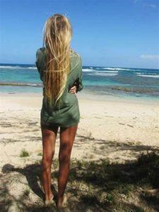 волосы на пляже