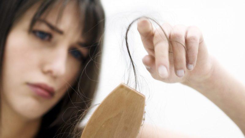 Выпадение волос у подростков
