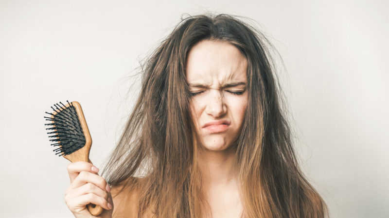 Что помогает при выпадении волос