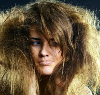 Как быстро уложить волосы утром