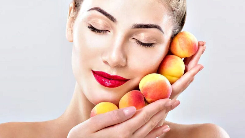 Польза персика для волос и кожи